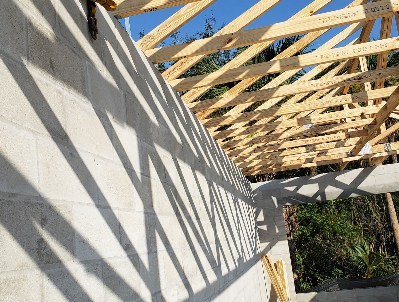 Custom Tile Roof Construction in Palm Coast Florida | Amaral Homes and Pools