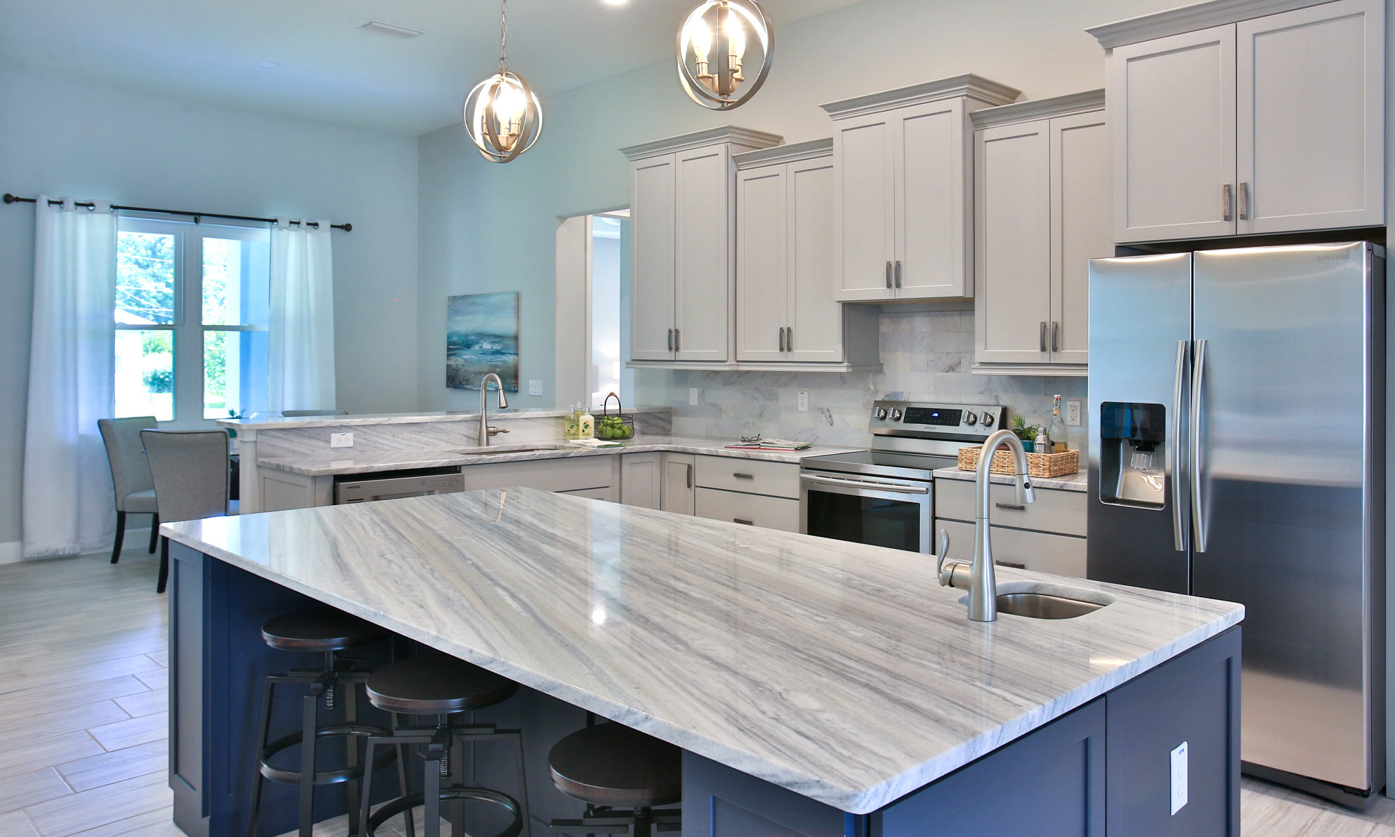Beautiful kitchen space and design | Amaral Homes and Pools